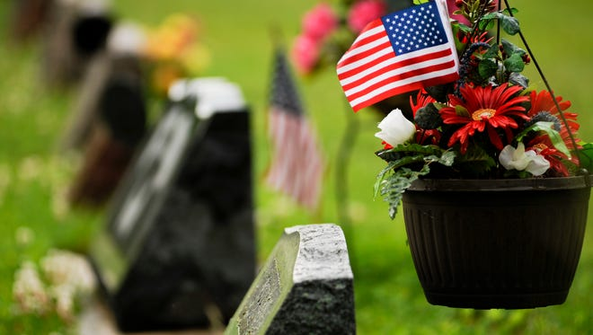 Fall cemetery cleanup set