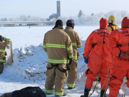 Rescuers wait for something to happen as Staples rejects