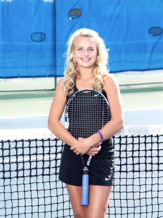 Katelyn Tarrolly tennis 2014.jpg