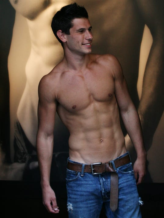 Abercrombie And Fitch Manager Abercrombie Fitch Opts to