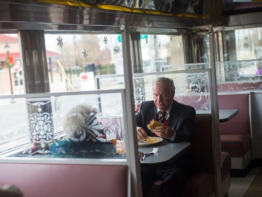 Patrons eat lunch at the 24-hour Lincoln Diner on Dec.