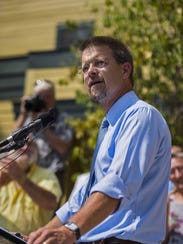 Speaker of the House Shap Smith announces he is a candidate