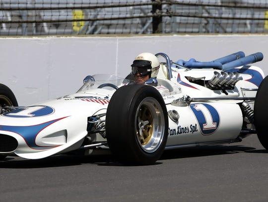 Mario Andretti, 1968 Indianapolis 500 champion, sped