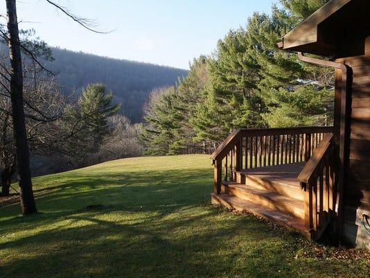 636325130170321420-Side-of-Lodge-View.jpg