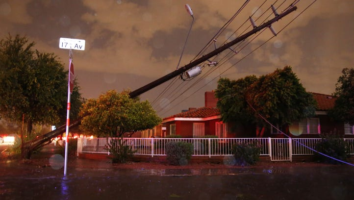 Power lines down at Thomas Road and 17th Avenue in