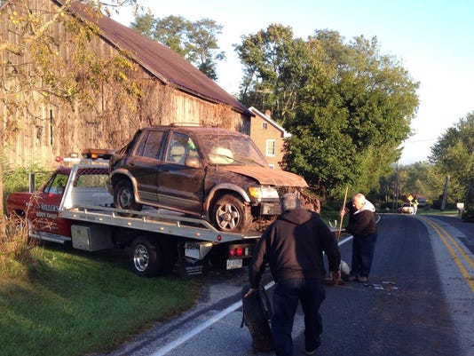 A stretch of Oxford Road in Oxford Township was closed for about an hour after a crash Wednesday morning.