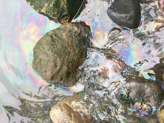 Diesel spill on the shoreline in Haverstraw caused