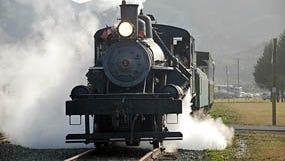 The Oregon Coast Crawlerwill take120 passengers onan eight-hour train ride alongthe Northern Oregon CoastlineSaturday, Sept. 29.