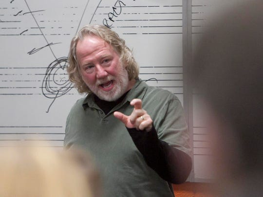 """East Lansing's Tim Busfield is working on """"For Life"""" in New York and will do the pilot of a """"Thirtysomething"""" sequel in Vancouver."""