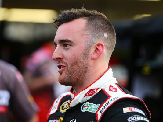 USP NASCAR: GOOD SAM 500-QUALIFYING S CAR USA AZ