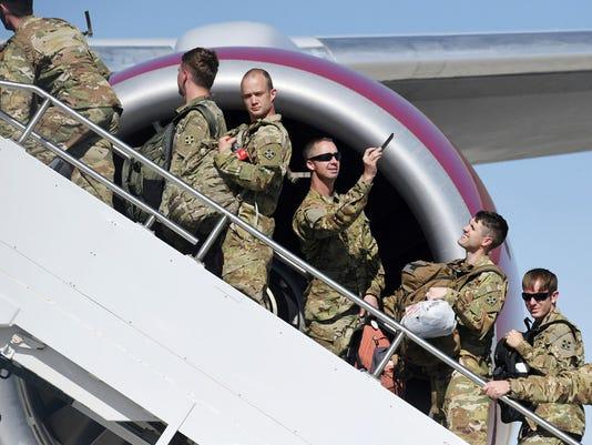 636658104986211568-troops.jpg
