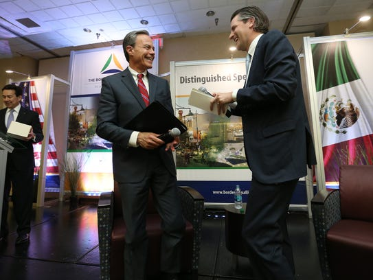 Texas Speaker of the House Joe Straus shares a light moment with El Paso businessman Josh Hunt Monday during the Borderplex Alliance's 2018 Distinguished Speaker Series.