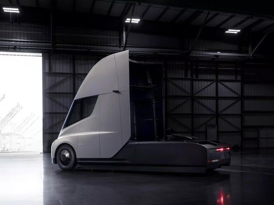 Tesla_truck_meijer_walmart