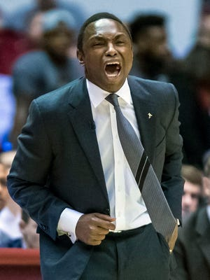 Alabama head coach Avery Johnson instructs his team during the first half of an NCAA college basketball game against Florida, Tuesday, Feb. 27, 2018, at Coleman Coliseum in Tuscaloosa, Ala.