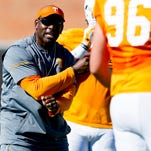 Former Tennessee Vols assistant Charlton Warren hired by Florida Gators
