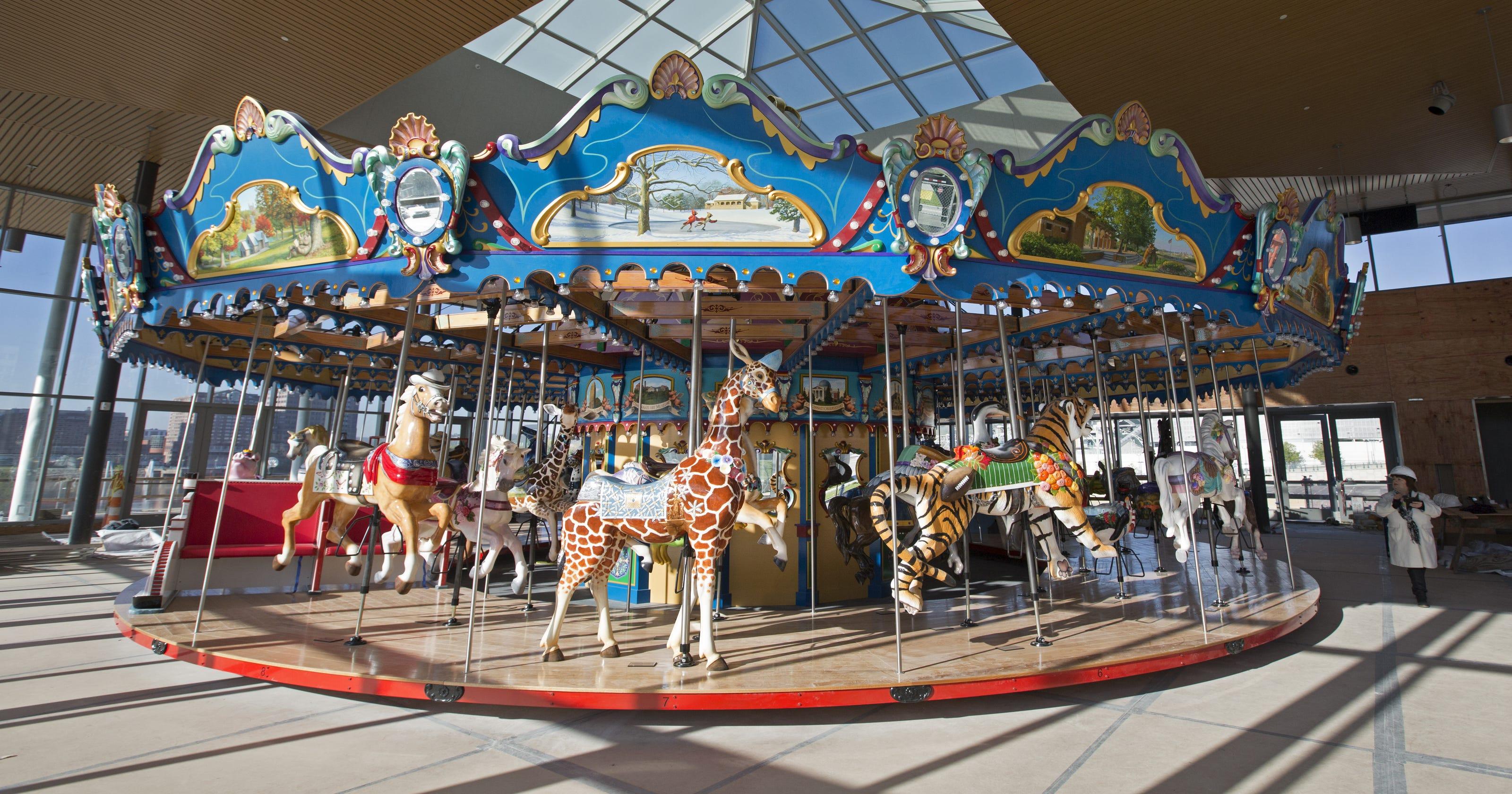 The carousel: A look inside the jewel box