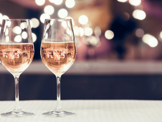 Toast the season, hear live music, sample regional wines at a New Jersey winery.