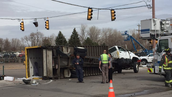 Rollover crash snarls Mulberry Road traffic