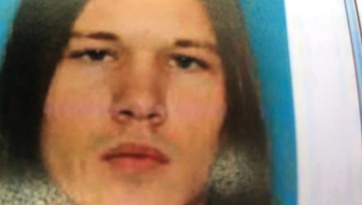 Des Moines man wanted for fatally snapping puppy's neck