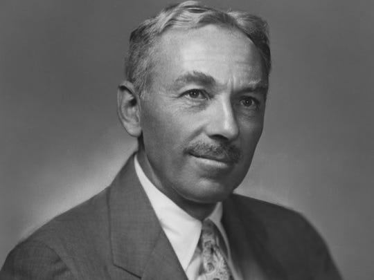 """E.B. White (1899-1985), author of the children's books """"Stuart Little"""" and """"Charlotte's Web."""""""