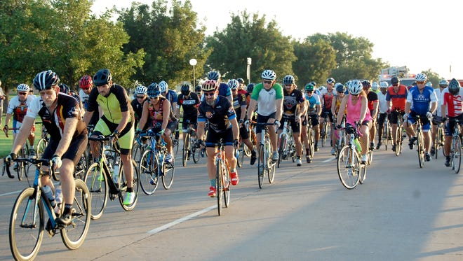 VERNON – More than 200 riders hit the road in the 22nd annual Vernon Burnin' Bike Ride Saturday in Vernon. The ride began and ended in the south parking lot of Vernon College with awards presented to winners at noon. The ride was co-sponsored by the Vernon Jaycees and the Vernon Optimist Club.