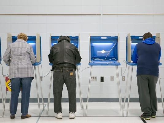 635876851154529247-WRTBrd-04-08-2015-Tribune-1-A001--2015-04-07-IMG-WRT-Voters-SA-01.JPG-1-1-4PAEKSMO-L592201736-IMG-WRT-Voters-SA-01.JPG-1-1-4PAEKSMO.jpg