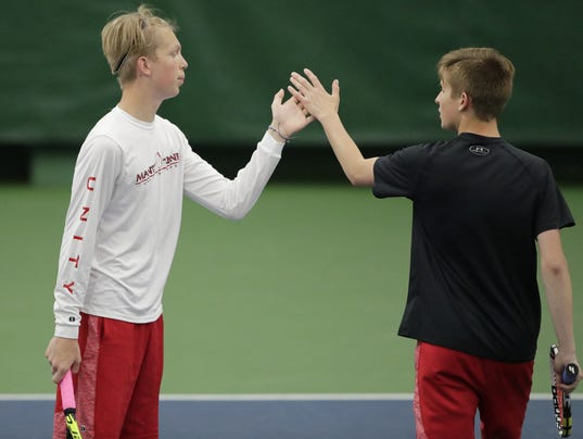 636633983649009475-WIAA-STATETENNISDAY1-053118-ABW254.jpg