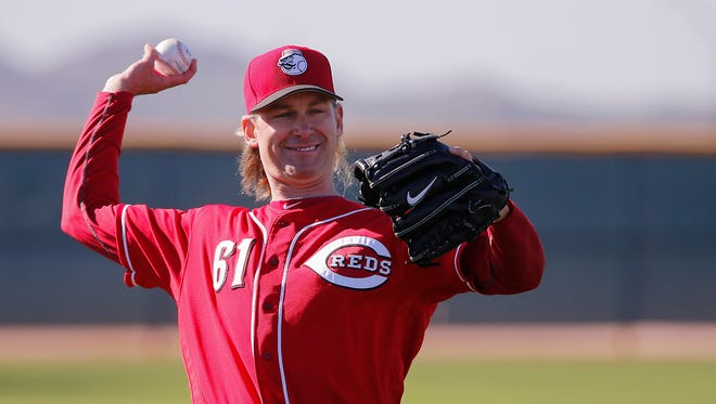 Cincinnati Reds pitcher Bronson Arroyo (61) long tosses during Cincinnati Reds spring training, Wednesday, Feb. 15, 2017, at the Cincinnati Reds player development complex in Goodyear, Arizona.