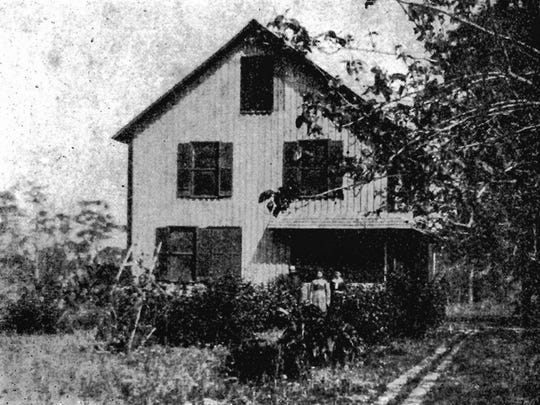 The Gifford house, shortly after it was built in 1889, was Vero's first frame structure and site of its first post office.