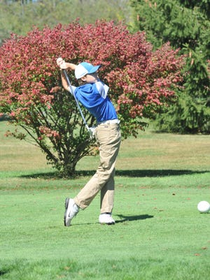 Kayleb Keaton tees off on the 9th hole at Valley View.
