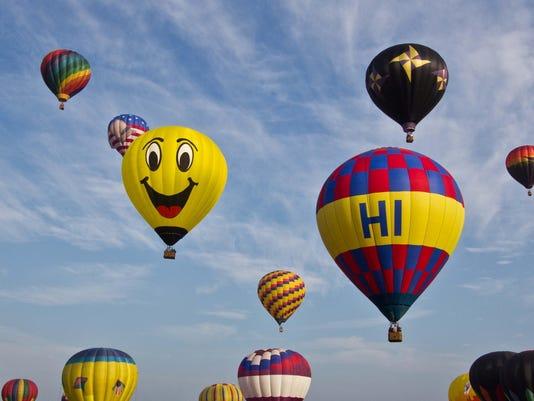 balloon photo friendly mass ascension
