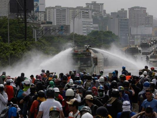 AP VENEZUELA CRISIS I VEN