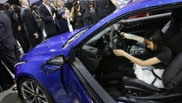 The North American International Auto Show weighs new data on press and social media coverage as it considers moving Detroit auto show to October.