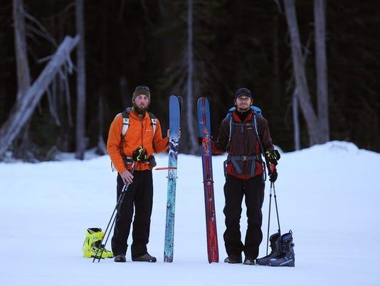 -ren_winter_hikers_01 (2).jpg_20150121.jpg