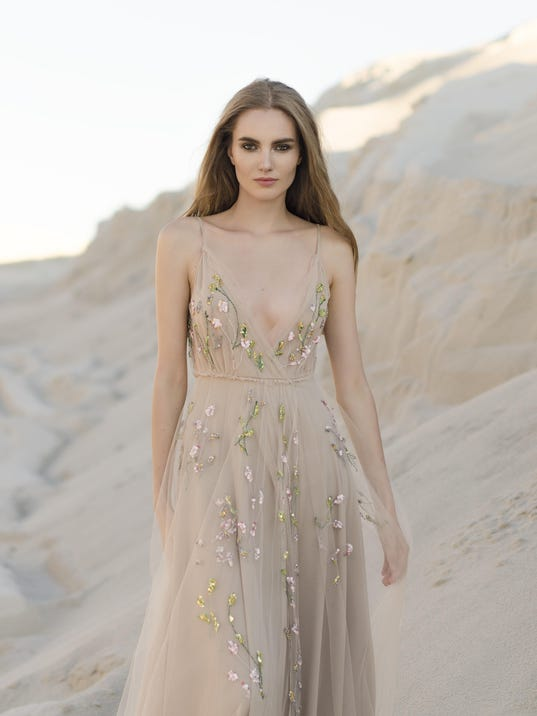Brides bring own looks to wedding dresses, accessories
