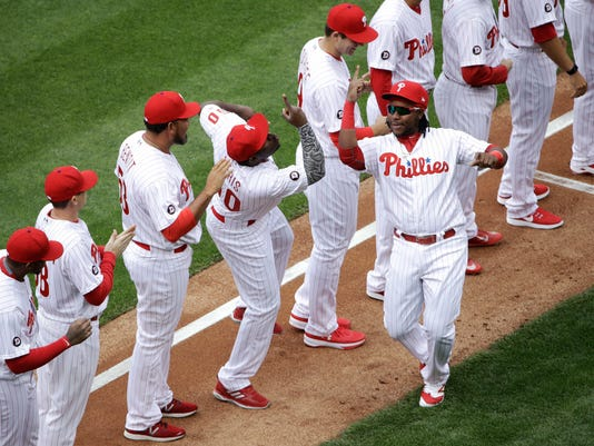 Phillies honor Dallas Green with uniform patch de0683fcdf4