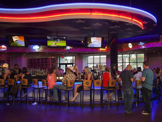 City of denver to auction toby keith restaurant equipment for Equipement bar restaurant