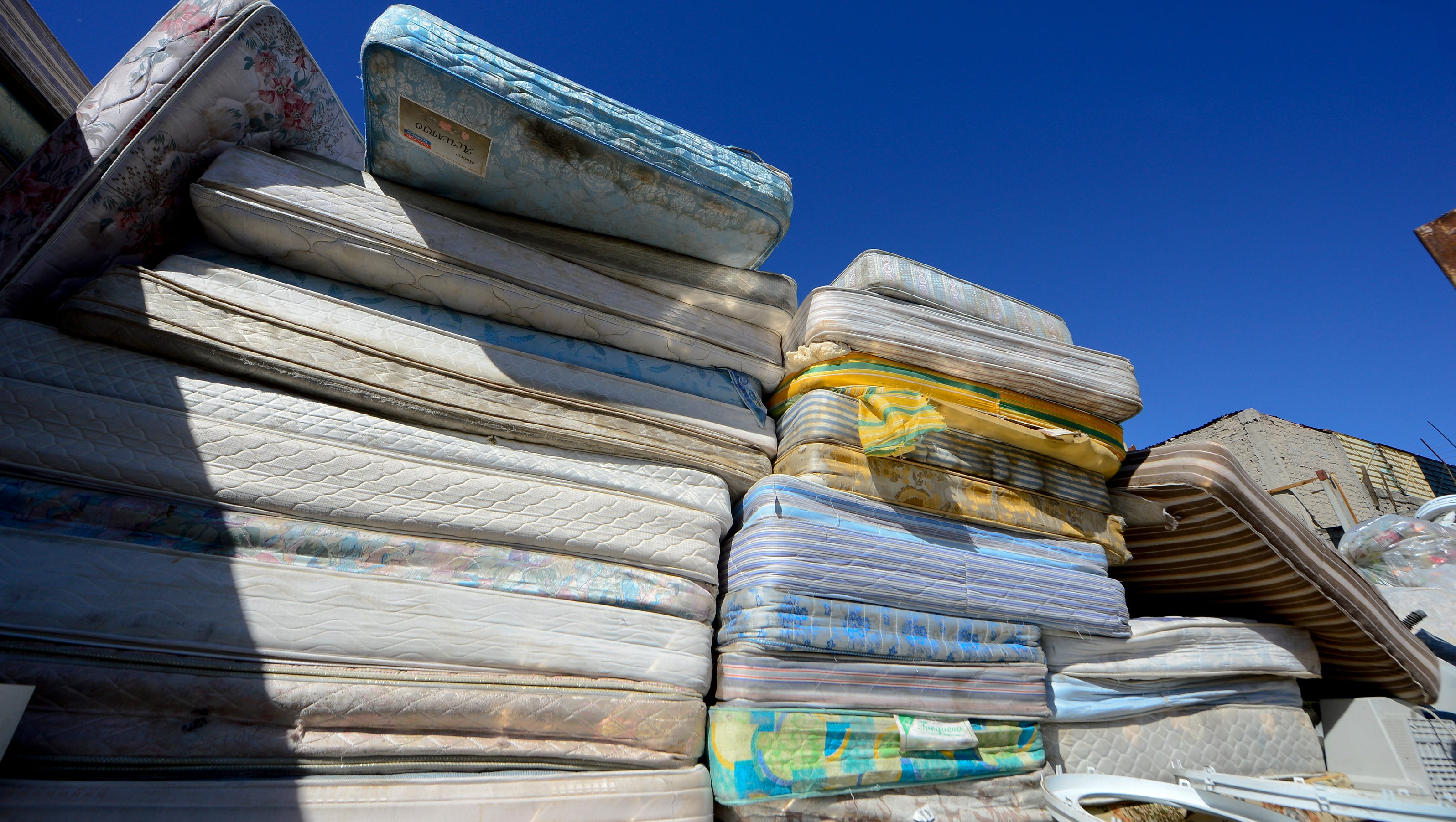 Mattress Recycling : Minneapolis considers statewide mattress recycling