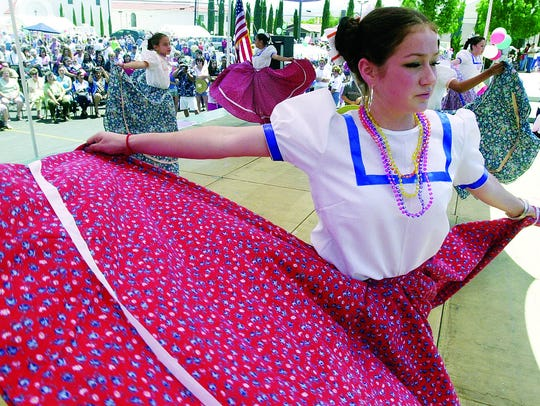 Julie Martinez and the Ballet Folklorico y Latino perform