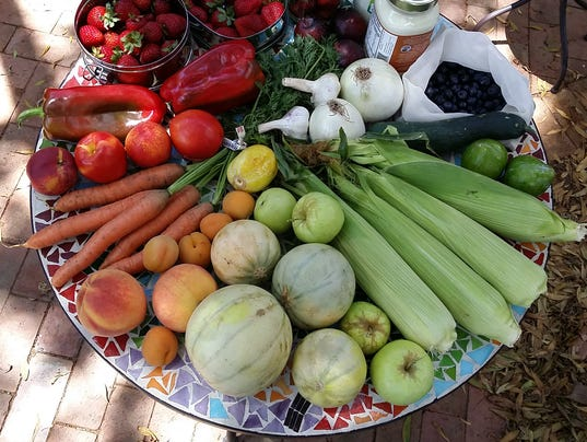 636378197098396399-06-28-15-farmers-market.jpeg