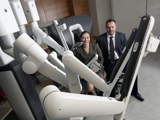 Exchange Robotic Surgery (2)
