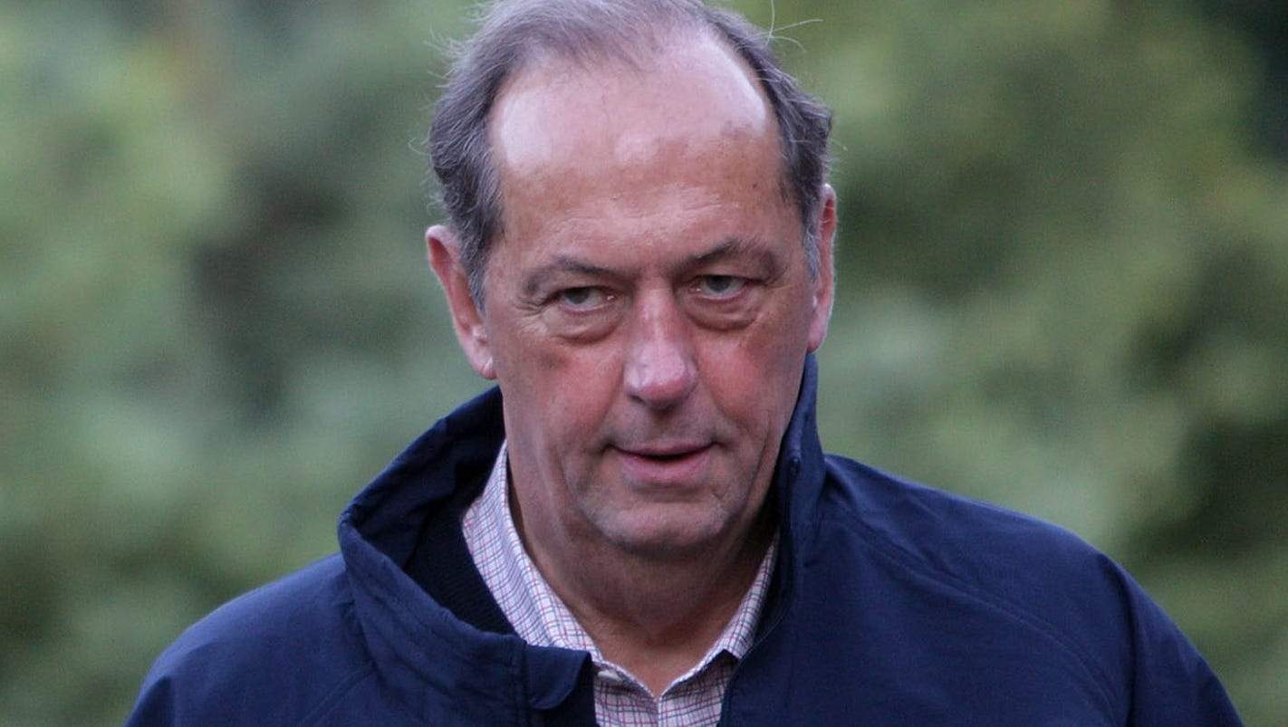 Bill Bradley condemns Trump s national anthem protest remarks