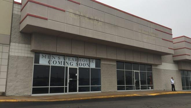 A Men's Wearhouse will soon open on Rib Mountain Drive.