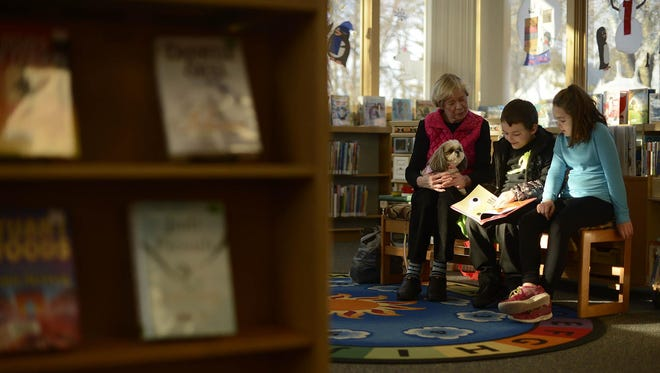 Brown County Library officials are reconsidering a decision to close the Southwest Branch in Green Bay.