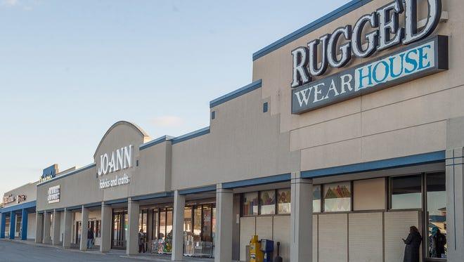 Lincoln Way Shopping Center