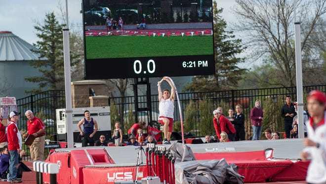 USD's Peter Chapman makes an attempt in the pole vault at the Lillibridge Track Complex.