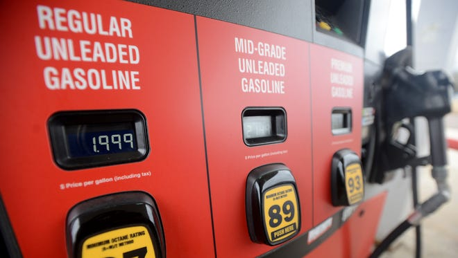 Tennessee Governor Bill Haslam has proposed a 6-cents-per-gallon increase on gasoline to the state's gas tax.