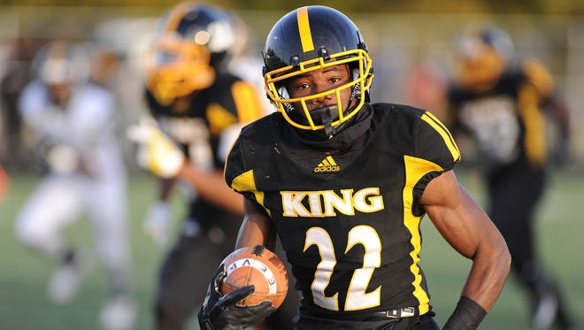 Detroit King's Jaeveyon Morton, No. 17 on The Detroit News Blue Chip list, is headed to Iowa State.