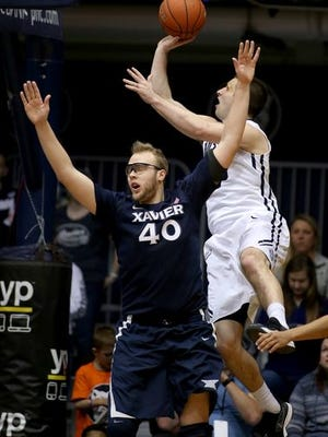 Matt Stainbrook and Andrew Chrabascz went head-to-head in Xavier's first game against Butler this season, but the Bulldogs player won't play in Saturday's rematch because of a broken hand.