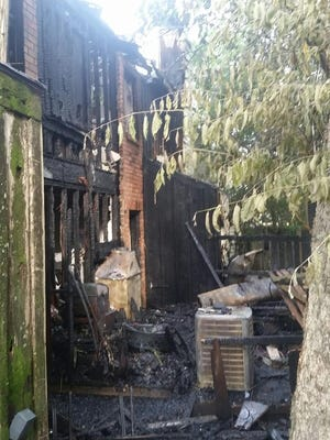 An apartment complex located at 171 Southfield Parkway caught fire early Saturday morning. There were no reports of injuries and the cause of the fire is under investigation.